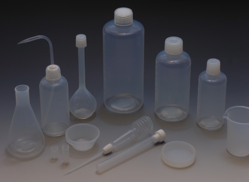 fluoropolymer labware, customised fluoropolymer lab ware, storing and handling corrosive, PTFE, PFA, ETFE, PCTFE, dupont teflon,   Standard fluoropolymer lab ware, bottle, beaker, wash bottle, flask, measuring cylinder, test tube, funnel, petri dish, evaporation dish, pitcher, round bottom flash, jar, pot, tank, tray, basket, flouropolymer accessories, syringe, spatula, dipper, stirrer, spoon, scoop, turner, tong, tweezer, volumetric flask, cup for autosampler, centrifuge tube, vessel, toxic chiemical, corrosive chemical, chemical resistant, temperature resistant, PFA singapore, PFA asia, teflon lab ware singapore, PCTFE singapore, teflon tweezers, PFA bottle singapore, PFA beaker singapore, corrosive chemical storage singapore, chemical resistant handling singapore